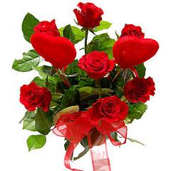 Serca wśród róż