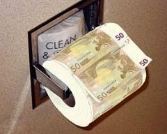 Banknotowy papier toaletowy