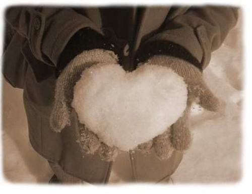 Serce ze śniegu